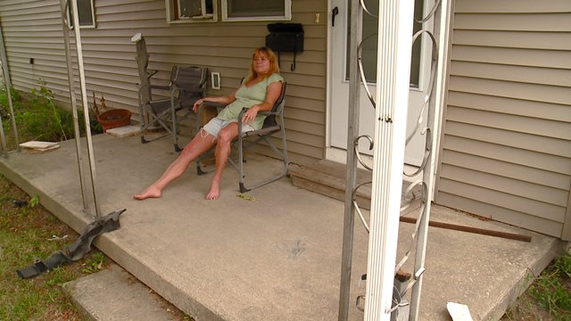 Naked girls elyria ohio Elyria Woman Arrested For Sitting Naked On Porch To Protest Drug Activity Fox 8 Cleveland Wjw