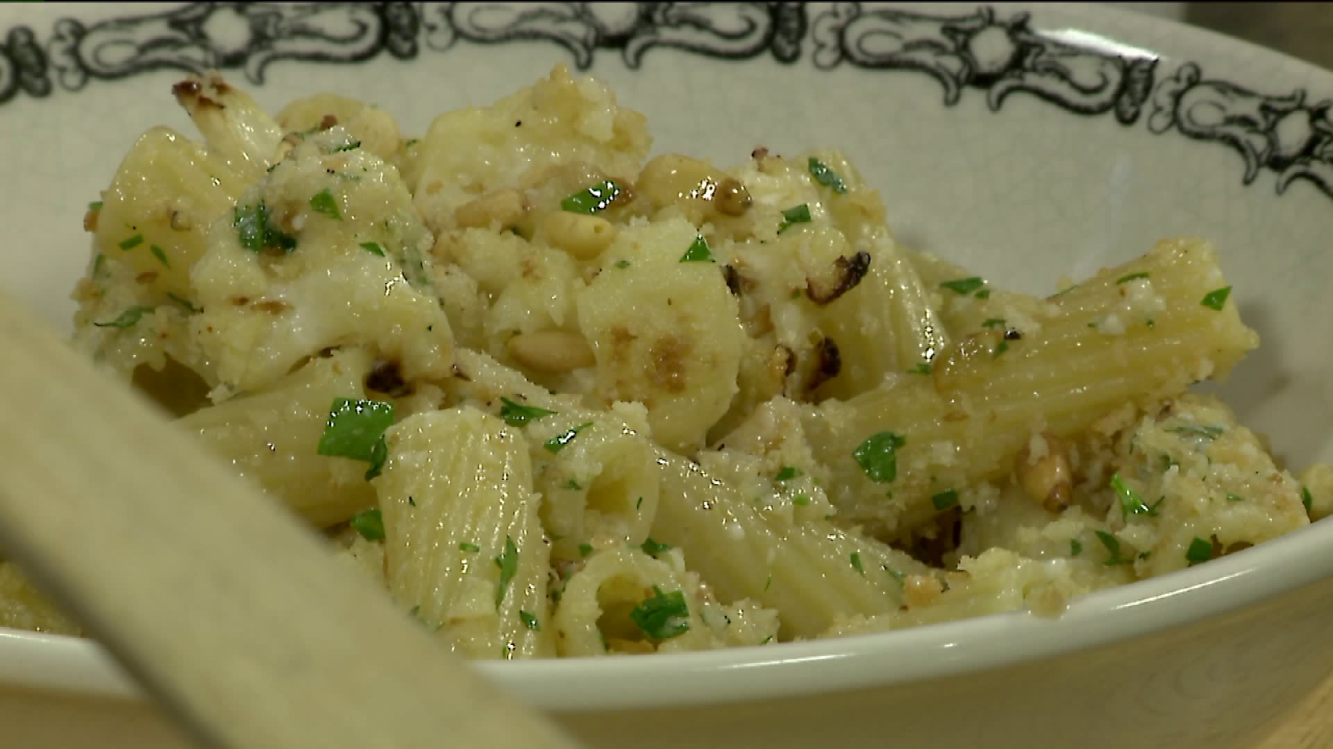 David S Pasta With Cauliflower And Pine Nuts Fox 8 Cleveland Wjw