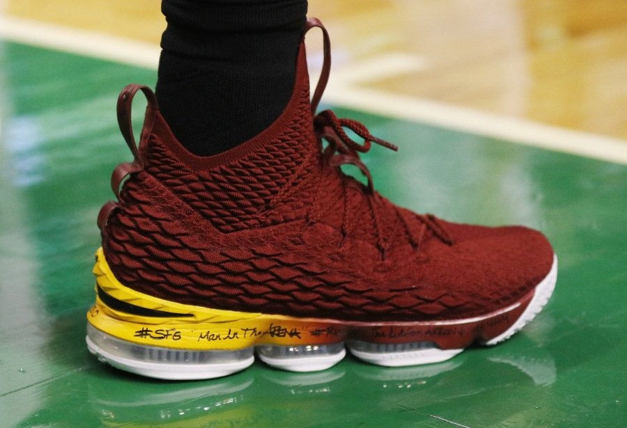 What S Written On Lebron James Shoes Fox8 Com