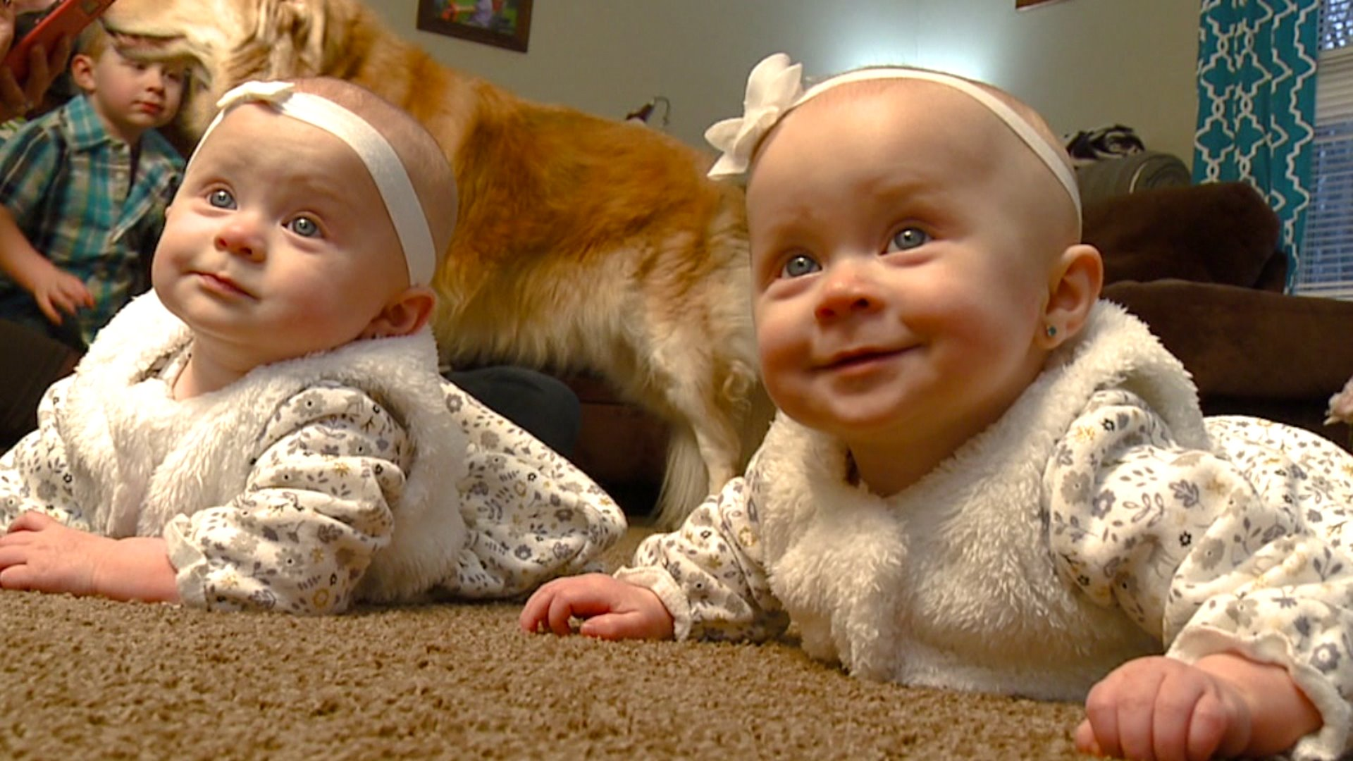 Miracle Babies Local Mother Delivers Two Healthy Girls After Battling Cancer During Pregnancy Fox8 Com