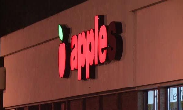 Apple grocery Lorain