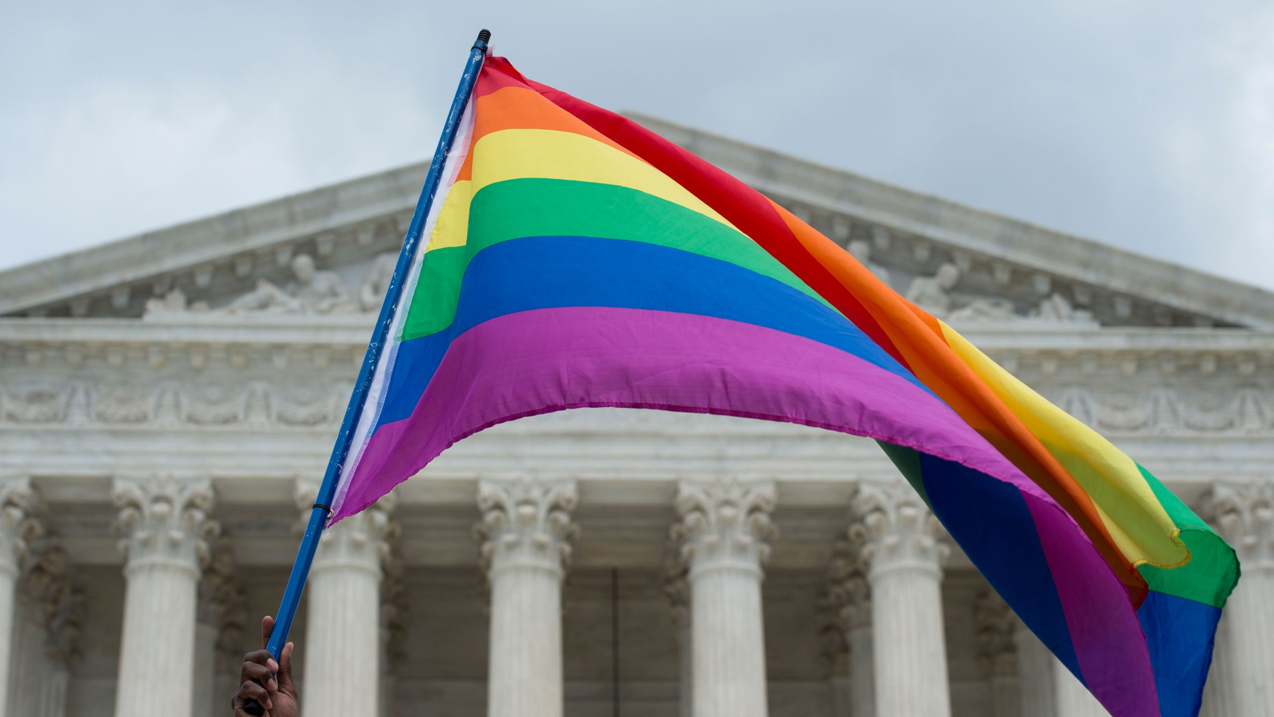 Supreme Court says federal law protects LGBTQ workers from ...