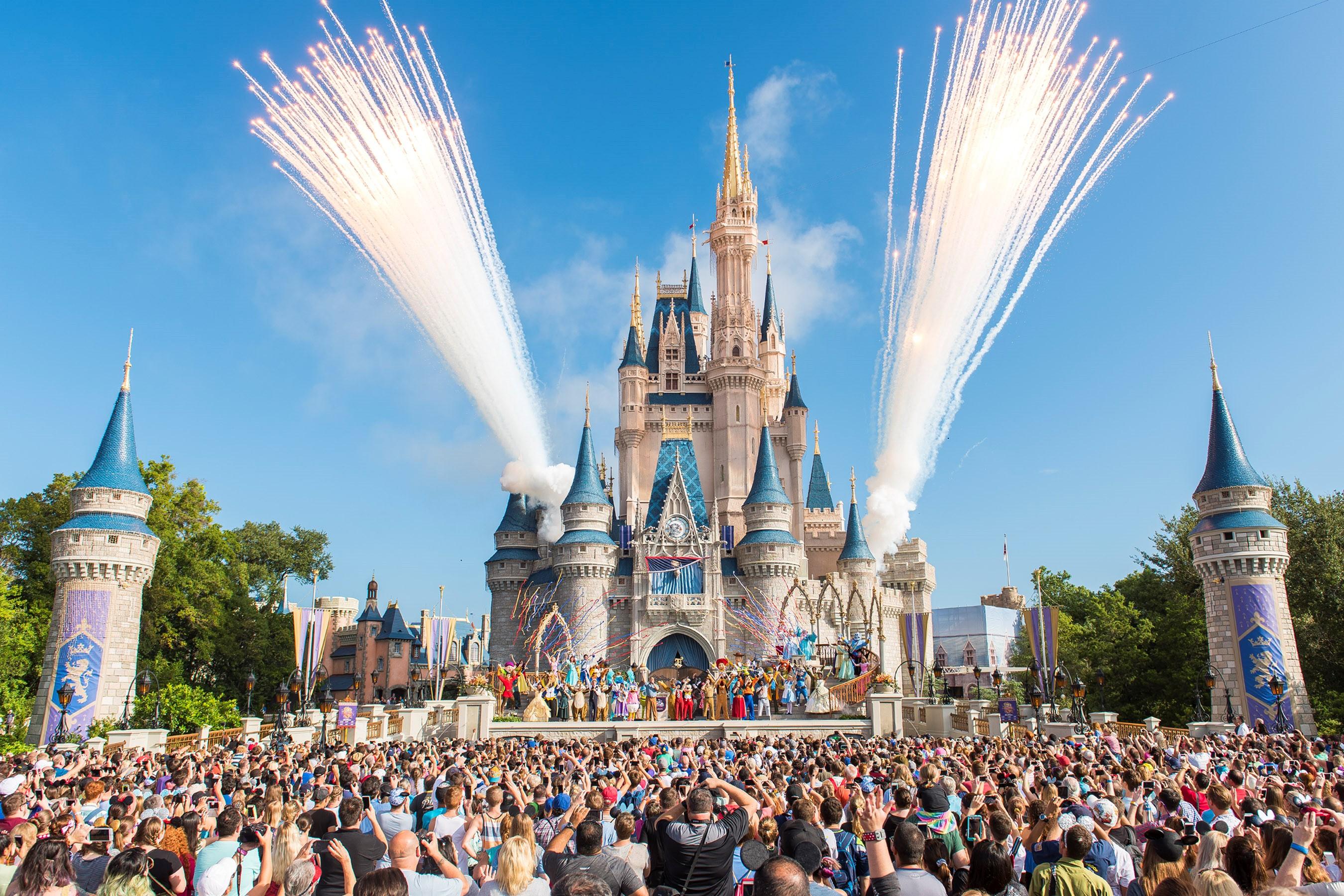 fox8.com - Natasha Anderson - Walt Disney World resuming park ticket sales, resort hotel bookings tomorrow