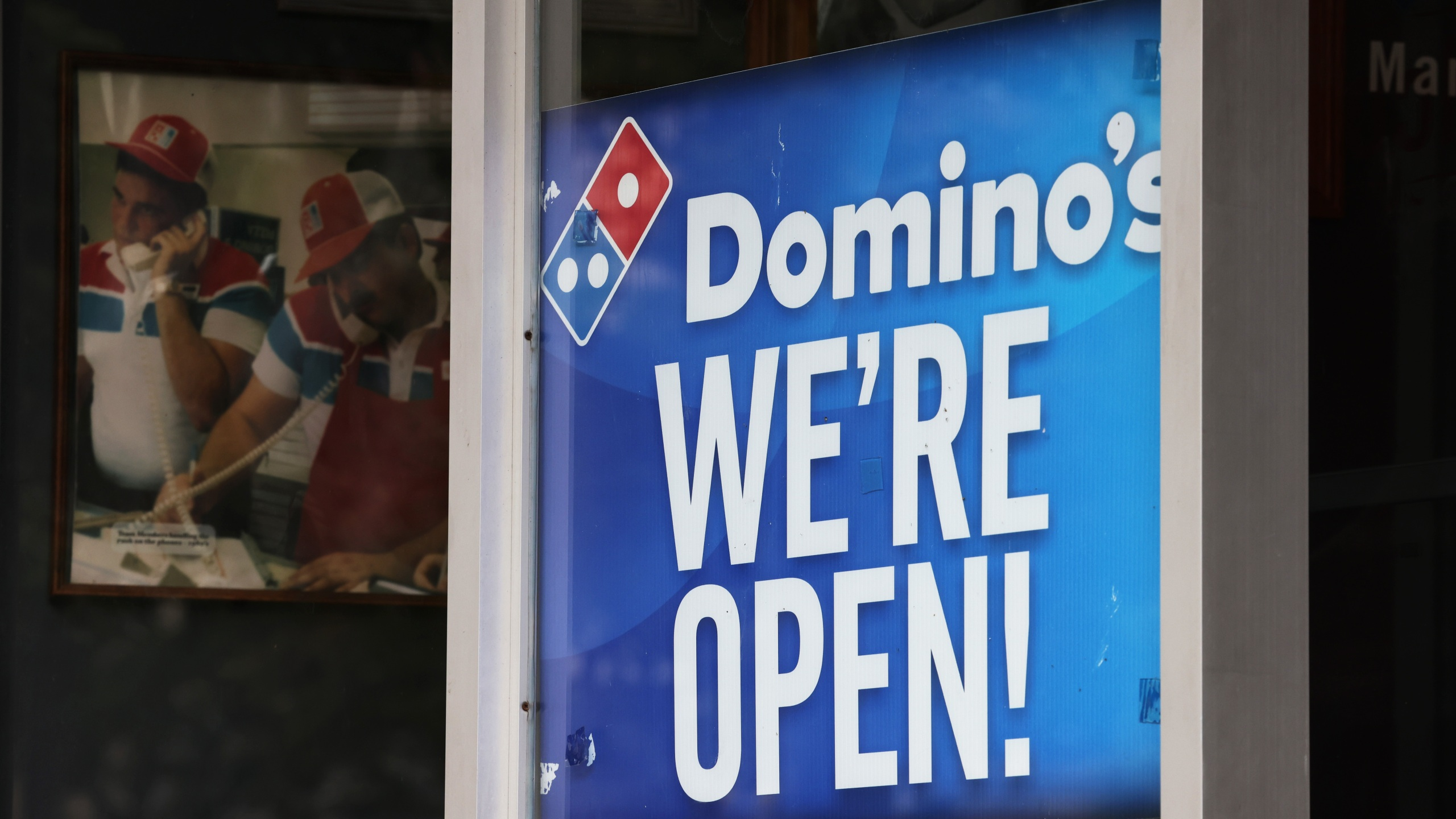 Domino's Pizza To Hire Additional 20,000 Workers Amid COVID-19 Pandemic