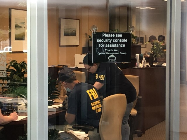 Fbi Agents Raid Offices Of Owner Of Several High Rises In Downtown Cleveland
