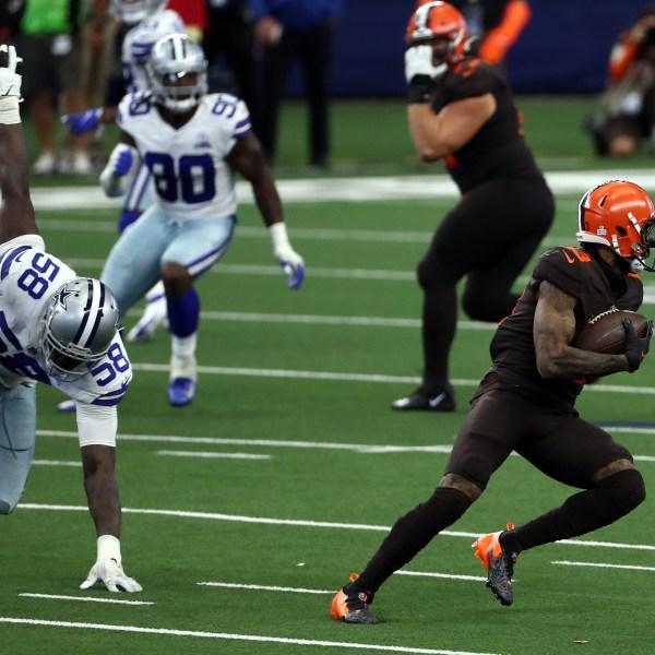 Odell Beckham Jr. #13 of the Cleveland Browns runs for a touchdown