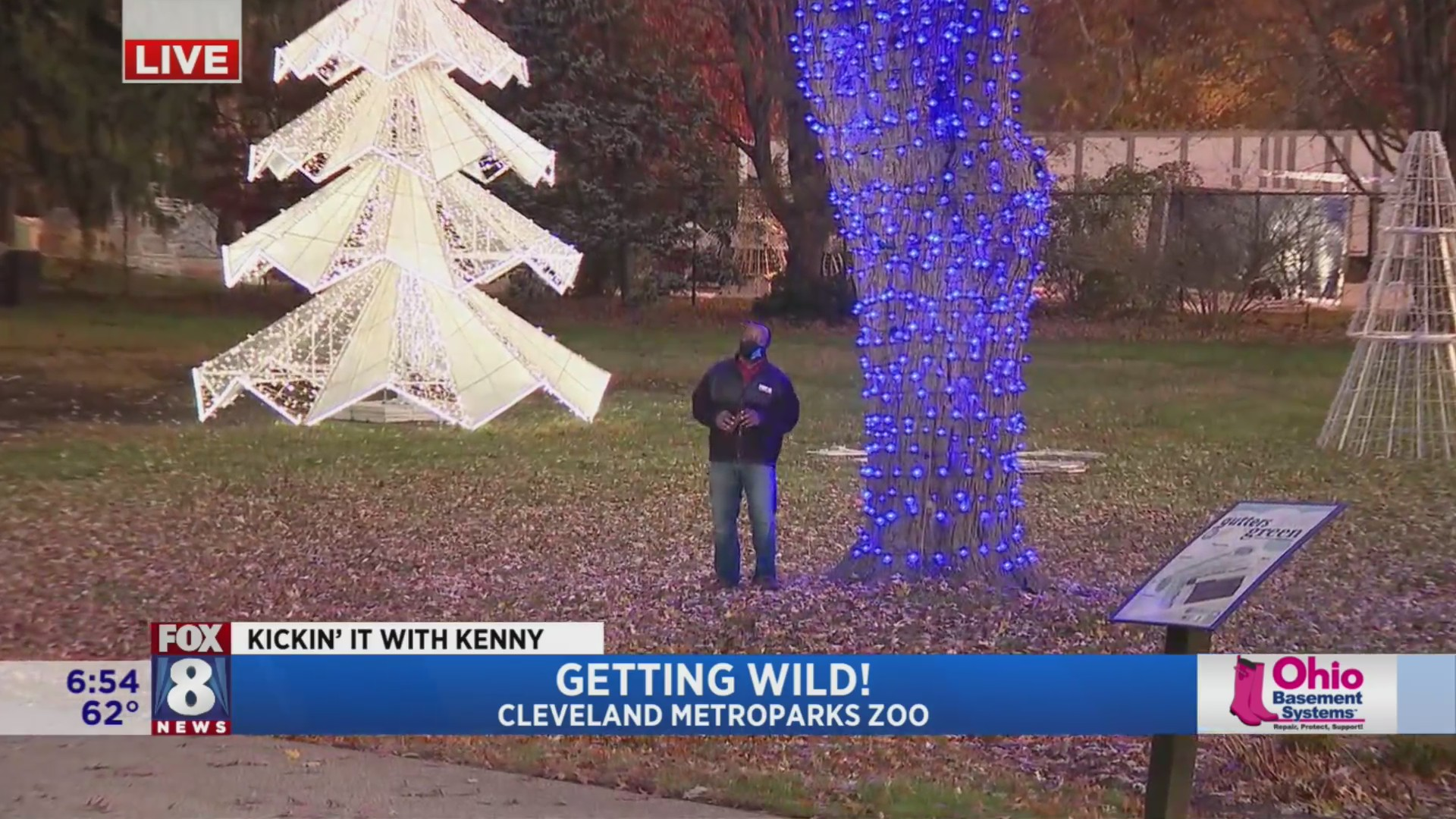 Zoo Lights 2020 Cleveland Christmas Kenny gets a little 'wild' at Cleveland Metroparks Zoo | fox8.com