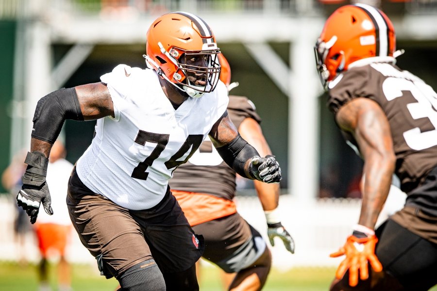 Offensive tackle Chris Hubbard (74) during the fifth day of training camp on August 2, 2021.