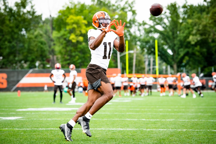 Wide receiver Donovan Peoples-Jones (11) during the fourteenth day of training camp on August 17, 2021.