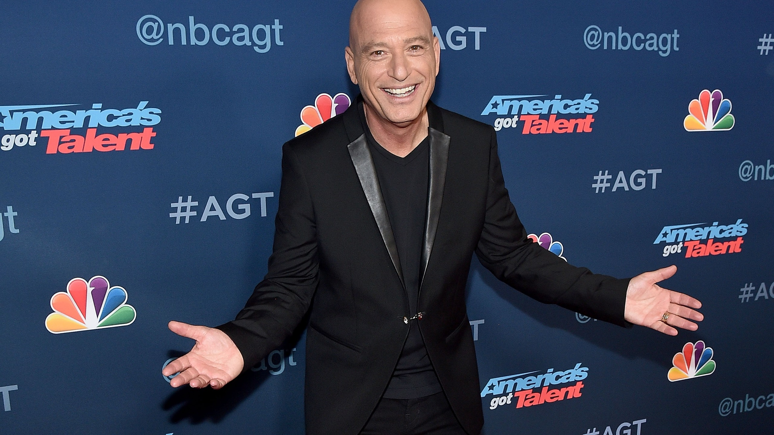 """TV Personality Howie Mandel attends the """"America's Got Talent"""" Season 11 Live Show at Dolby Theatre on August 23, 2016 in Hollywood, California."""